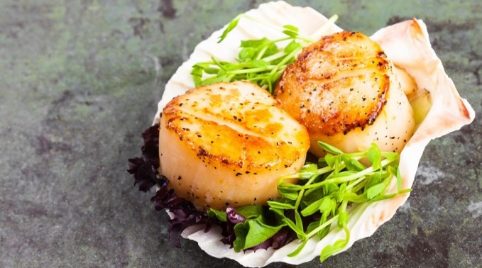 The Secret to Perfectly Seared Scallops